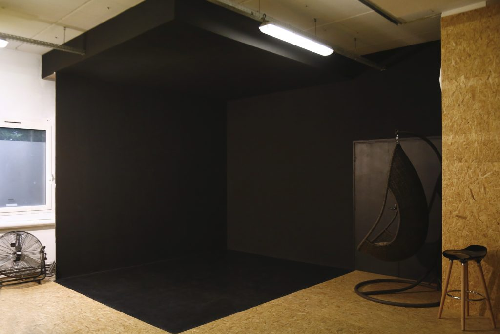 location_box_noir_studio_photo_lille_tourcoing